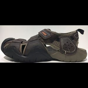 CROCS SWIFTWATER Closed Toe Leather Sport Sandal